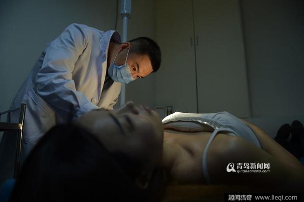 隆胸医生视频