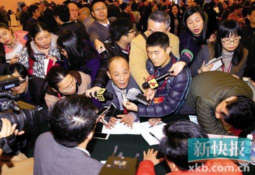 广州市政协委员连走三个部门:追问医保资金支付